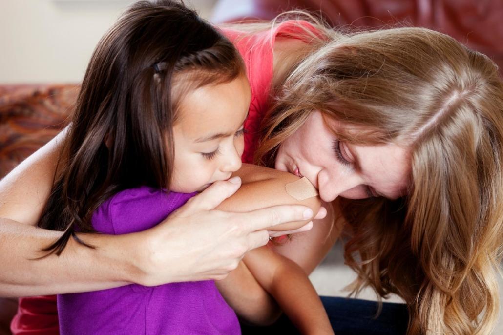 Beijo de mãe melhora a dor-Dr-David-Nordon-Ortopedista-Infantil